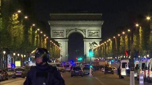 Un muerto por ataque con un cuchillo en el centro de París