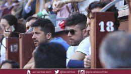 El cantante Pablo López enfada a parte de su público por ser taurino