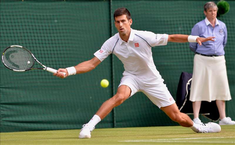 Djokovic barre a Cilic y avanza a semifinales de Wimbledon