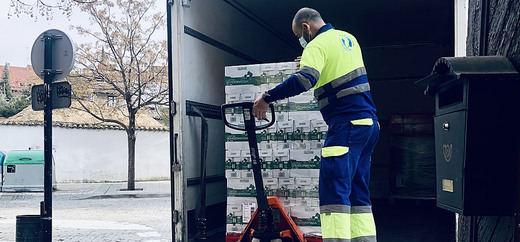Mercadona dona 5,6 toneladas de productos de primera necesidad a Cáritas Villaviciosa de Odón