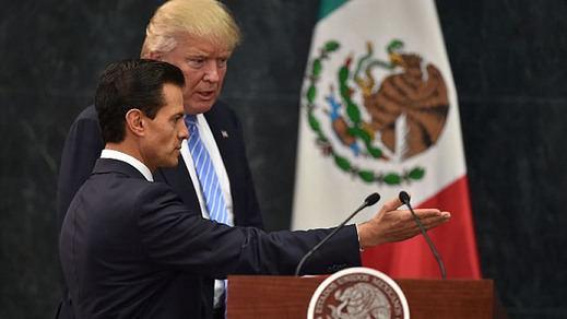 Peña Nieto no arranca una disculpa de Trump y encima éste le vacila: