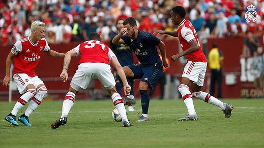 El Madrid remonta un 0-2 con 10 y acaba ganando en los penaltis al Arsenal