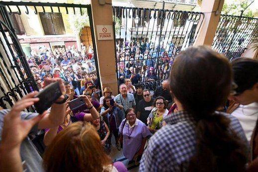 Iglesias se da un baño de masas reparador tras la toma de protagonismo de Errejón