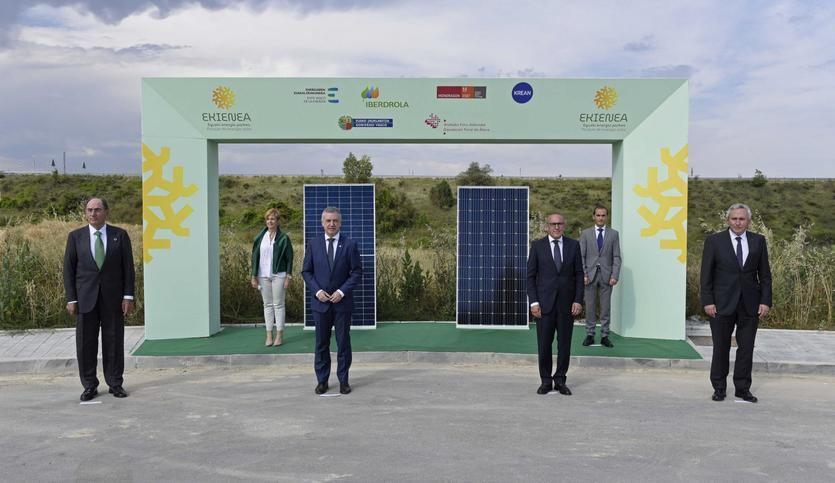 Iberdrola, Grupo Mondragon, la Diputación Foral de Álava y el EVE construirán la mayor fotovoltaica de Euskadi