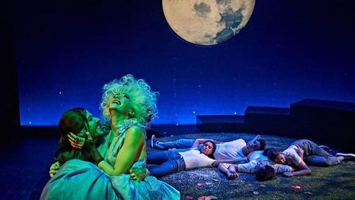 Crítica de la obra de teatro 'Sueño de una noche de verano': nada es lo que parece