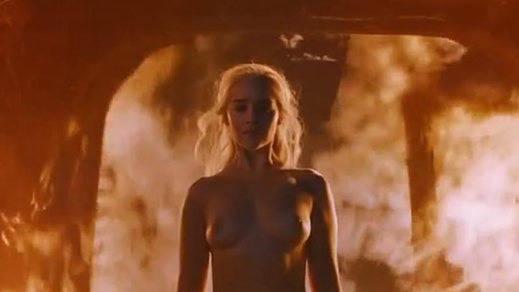 Toda la verdad sobre Emilia Clarke y su último desnudo en 'Juego de Tronos'