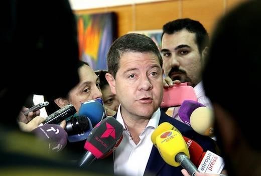 Emiliano García-Page ve 'importante' paralizar la LOMCE antes del inicio del curso escolar