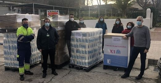 Mercadona dona 1.300 kilos de productos de primera necesidad a Cáritas de Collado Villalba (Madrid)