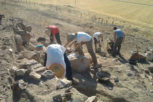 Alumnos de la UCLM volverán a participar en las excavaciones arqueológicas en Alarcos