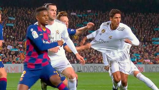 El Real Madrid rompe la tregua arbitral y estalla tras el 'robo' en el Clásico