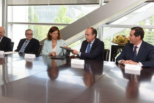 Fundación Telefónica y la CEOE impulsarán la digitalización del sector productivo español a través de 'Conecta Empleo'