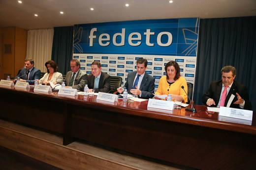 Ángel Nicolás zanja la polémica: la Junta 'va a apoyar la plataforma logística' de Talavera