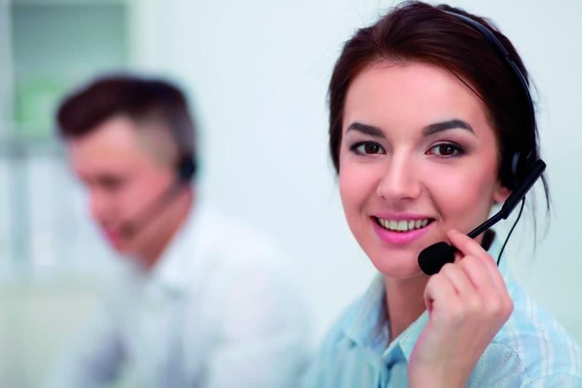 El Corte Inglés amplía al área financiera su atención telefónica para clientes con discapacidad