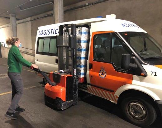 Mercadona dona 1.800 litros de leche al banco de alimentos municipal de Colmenar Viejo