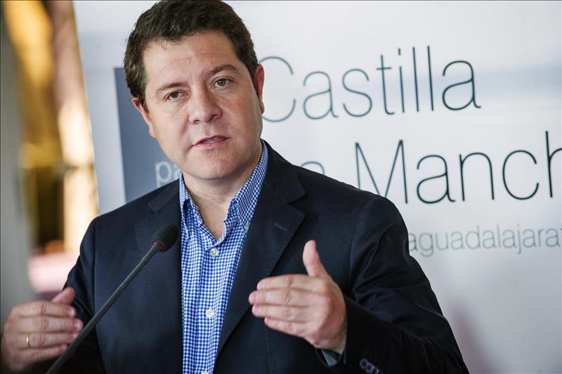 Page augura que al PSOE 'le va ir bien, si tiene paciencia y si no hace zig-zag'