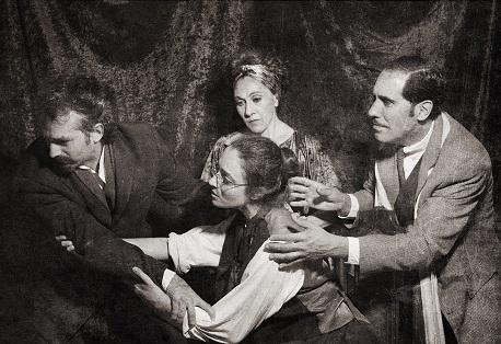 La misoginia de Strindberg a examen en 'La noche de las tríbadas', de Per Olov Enquist