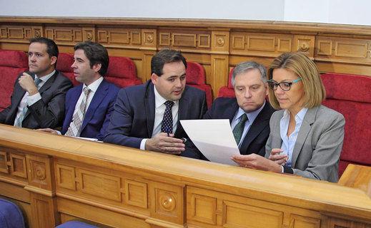 Cospedal ya ha presentado formalmente su renuncia al escaño en las Cortes de Castilla-La Mancha