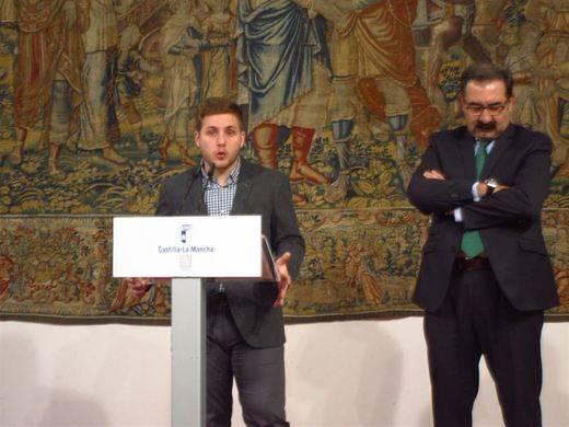 Los ex presidentes de Castilla-La Mancha recibirán una carta donde se les explicará proceso de renuncia de privilegios