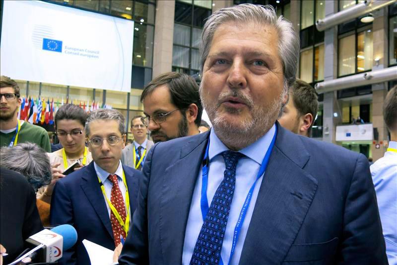 Llega la 'crisis' de Rajoy: Íñigo Méndez de Vigo sustituye a Wert en Educación