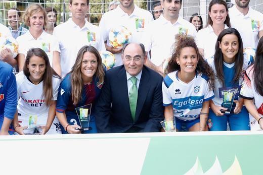 Los Premios Iberdrola SuperA impulsan el deporte practicado por mujeres