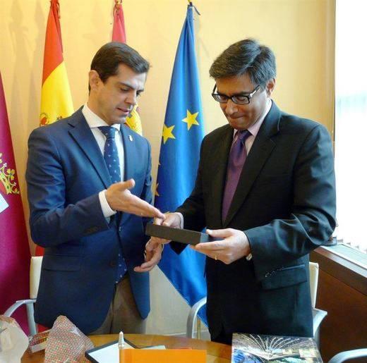 Albacete ofrecerá suelo industrial a empresas indias