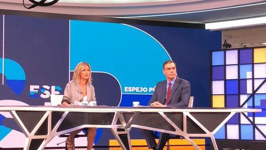 Sánchez aclara la supuesta exclusión del federalismo del programa del PSOE: era