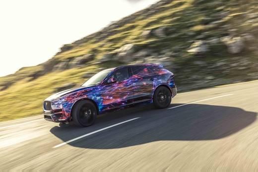 Jaguar F-Pace establece un nuevo estándar en conducción y maniobrabilidad
