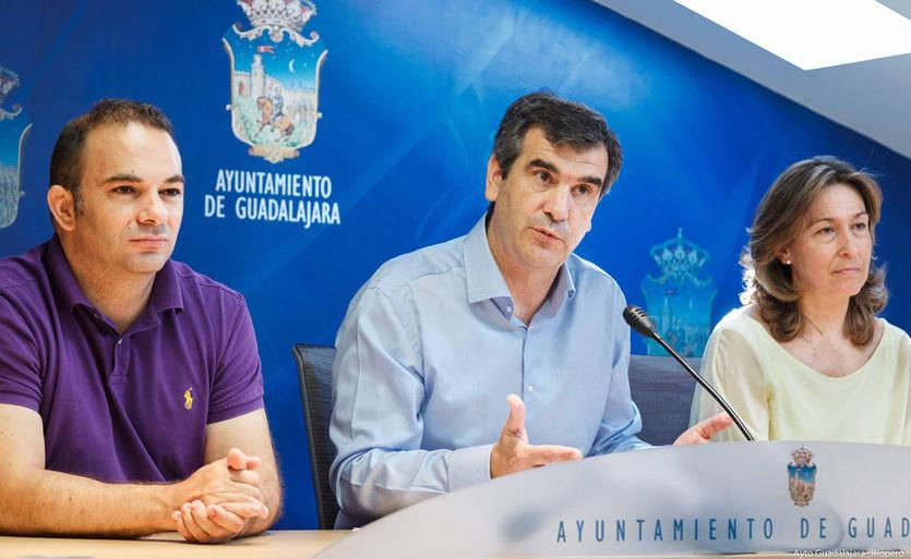 La falta de acuerdo sobre las retribuciones a concejales liberados obliga a supender el pleno de Guadalajara