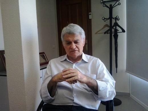 Gil (CCOO) urge a Cospedal a