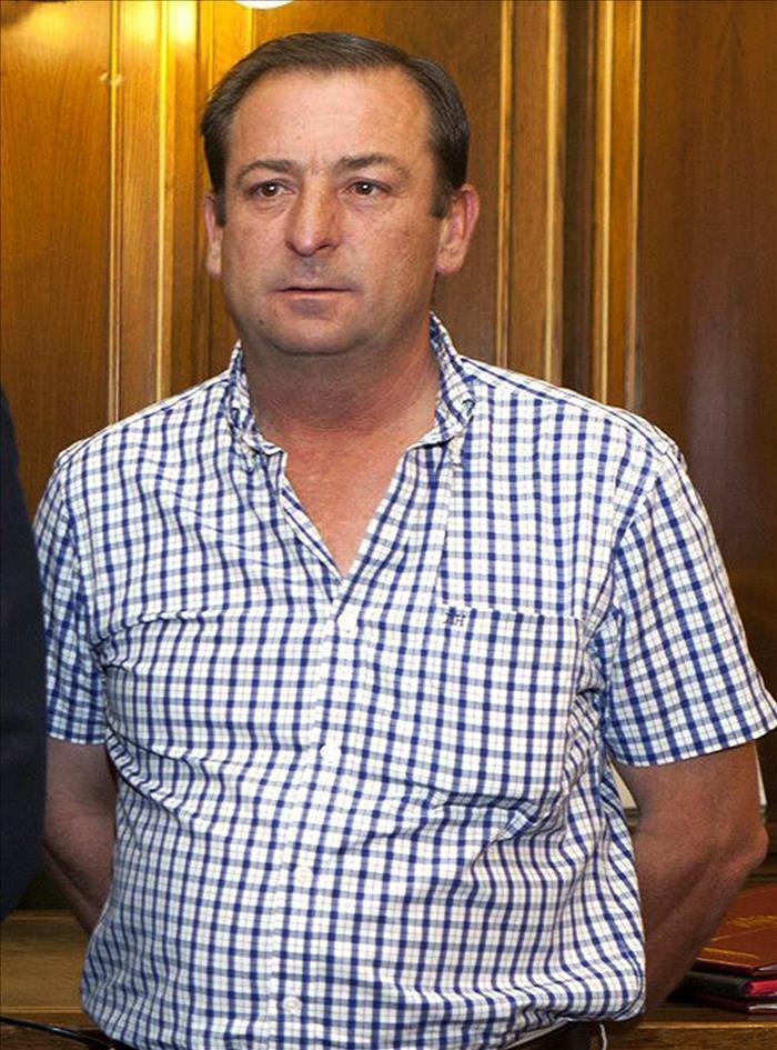 El alcalde de Villares del Saz: 'Cuando cometo un error apechugo y me atendré a las consecuencias que conlleve'