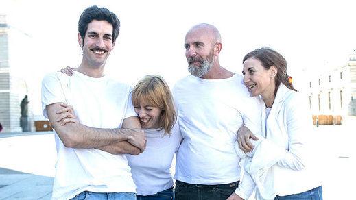'La familia No', surrealista, líquida y compleja visión del núcleo familiar