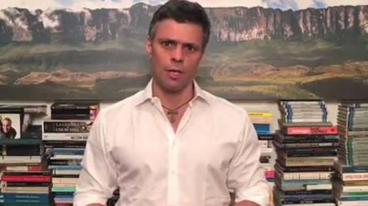 Leopoldo López vuelve a la política pese a estar preso con otro llamamiento golpista