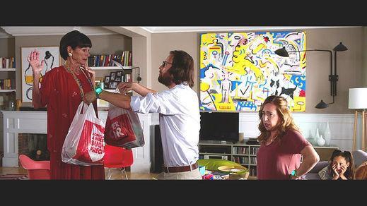 El Corte Inglés colabora en la película solidaria de Paco Arango 'Los Rodríguez y el Más Allá'