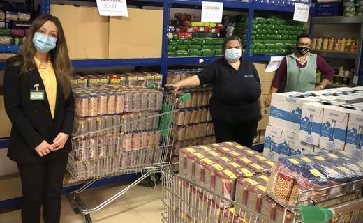 Mercadona dona al comedor social La Casita de Fuenlabrada más de 1.800 kilos de alimentos de primera necesidad