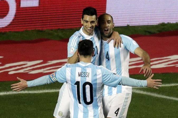 Argentina le hace un set a Paraguay (6-1) y se mete en la finalísima de la Copa América