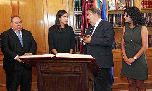 María Roldán (PP) toma posesión de su escaño en sustitución de Benjamín Prieto