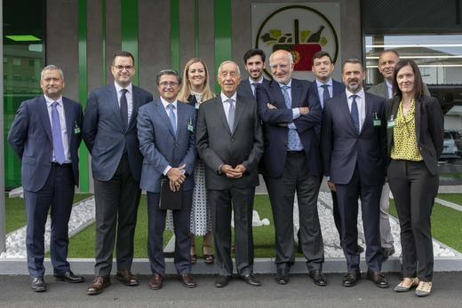 El presidente de Portugal, Marcelo Rebelo de Sousa, visita el primer Mercadona en el país vecino