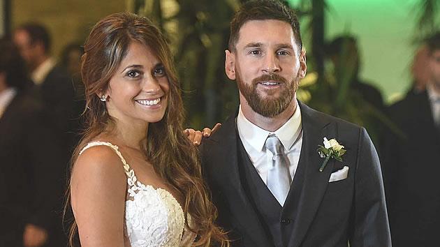 Messi y Antonella, juntos desde la infancia, ponen el broche con un 'sí, quiero'
