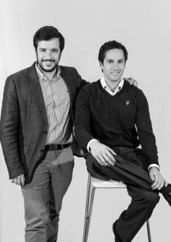 """Dos emprendedores españoles crean un """"google de la moda""""."""