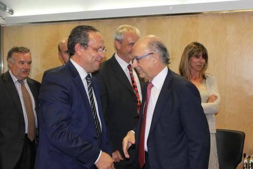Castilla-La Mancha teme que las entregas a cuenta a las CCAA