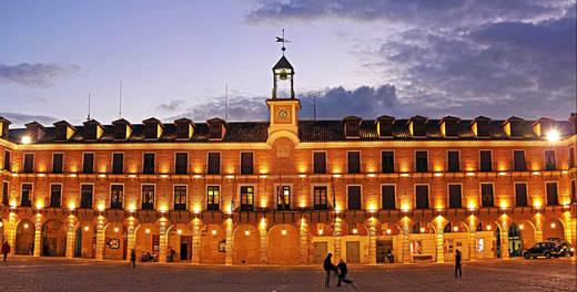 La Diputación oferta 25 rutas culturales en Toledo, Talavera y provincia