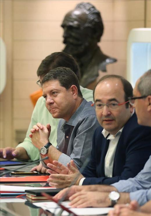 Emiliano García-Page pide a Rajoy que no se quede cruzado de brazos en Cataluña