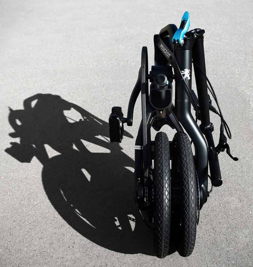 Peugeot crea su primera bicicleta eléctrica plegable llamada eF01