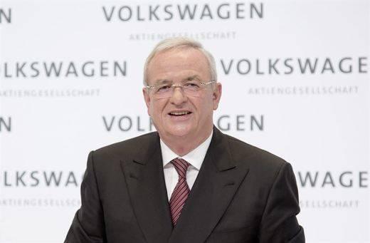 El presidente y consejero delegado de Volkswagen presenta su dimisión tras el caso de las emisiones
