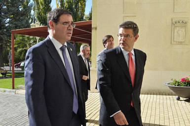 Benjamín Prieto (izq.) y Rafael Catalá (dcha.)