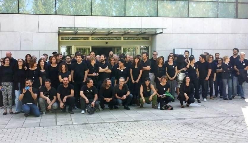 Los trabajadores de la RadioTelevisión de Castilla-La Mancha volverán a celebrar un 'Viernes... a negro'