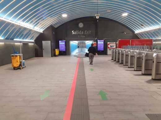 Cercanías Madrid señaliza sus principales estaciones con encaminamientos para mejorar el flujo de viajeros