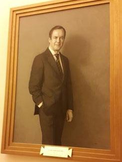 José Bono ya tiene retrato en la Galería de Presidentes del Congreso: Costó 82.600 euros