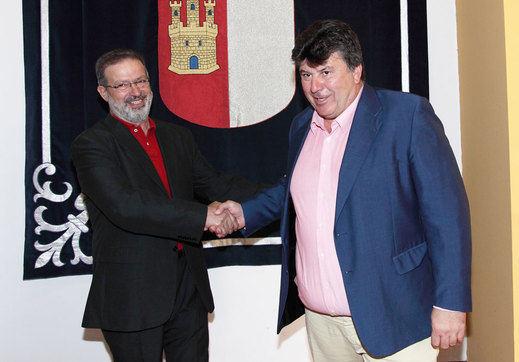 Las Cortes de Castilla-La Mancha eligen con polémica a solo dos de sus tres senadores autonómicos
