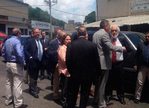 La cárcel venezolana de Daniel Ceballos no abre sus puertas a los senadores españoles